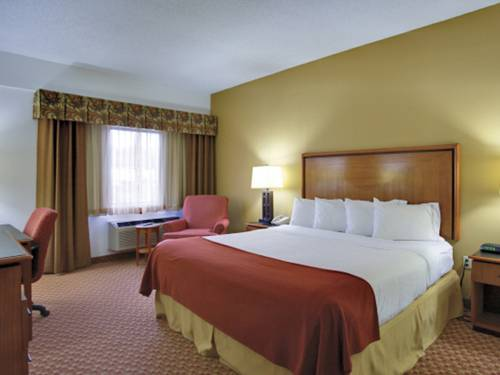 Holiday Inn Express Branson- Green Mountain Drive
